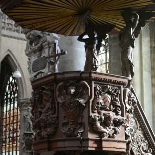 Preekstoel in the Sint-Gummarus Church, Lier, photo Elizabeth R. Gebauer