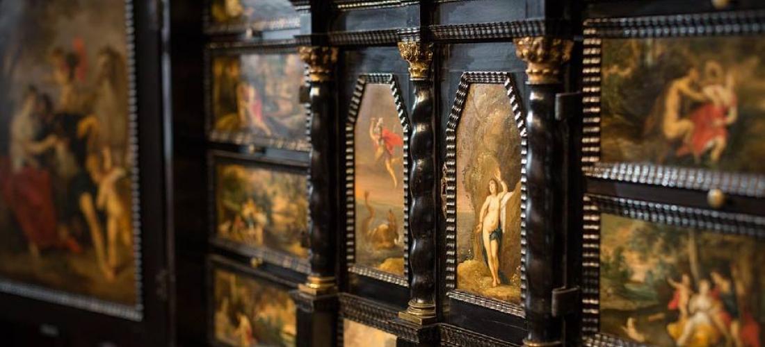 Foto: detail van kunstkast, Rubenshuis